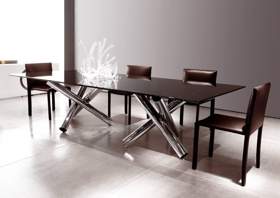 DINING TABLE VAN DYCK, CHAIRS ROMA - DESIGNER RODOLFO DORDONI